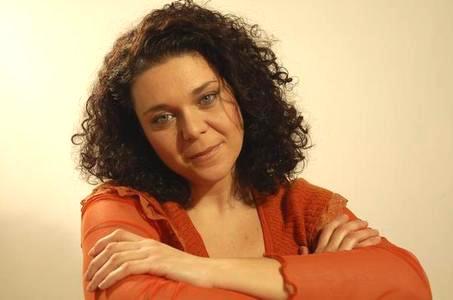 Daria D'Antonio ritorna a Un posto al sole nel ruolo di Assunta