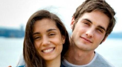 Manuela Cirillo (Cristiana Dell'Anna) e Niko Poggi (Luca Turco) - Un posto al sole anticipazioni