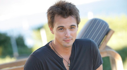 Wyatt - Darin Brooks - Beautiful