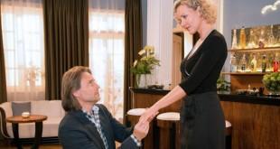 Michael chiede a Natascha di sposarlo © Christof Arnold