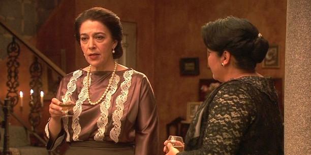Bernarda e Donna Francisca - Il segreto trame
