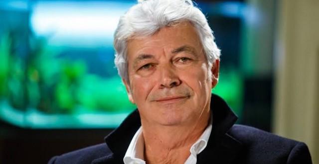 Giancarlo Petrone (interpretato da Roberto Alpi) - Un posto al sole