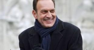 Riccardo Polizzy Carbonelli è Roberto Ferri - Un posto al sole anticipazioni