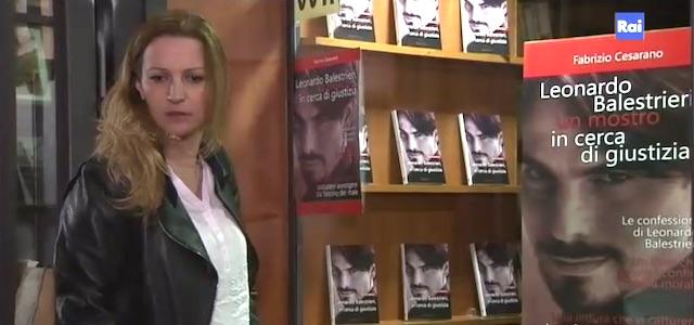 Giovanna e il libro su Balestrieri - Un posto al sole