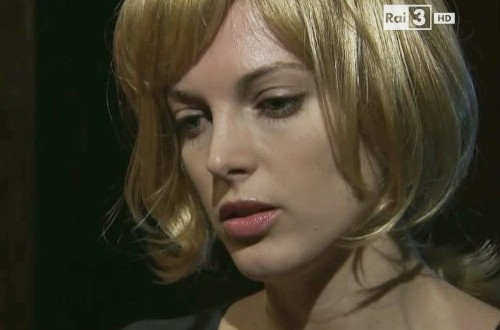 Miriam (Angela Tuccia) - Un posto al sole