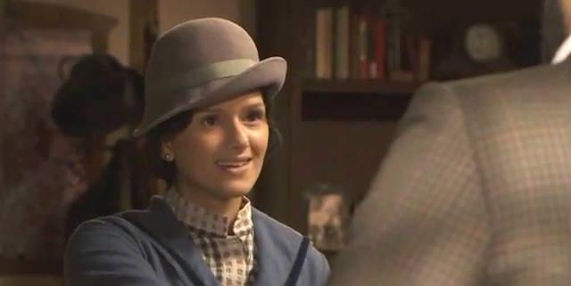 SABELA ARAN interpreta Sabina Vega a Il segreto