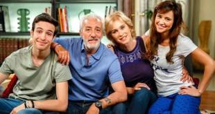 Raffaele Giordano e la sua famiglia - Un posto al sole