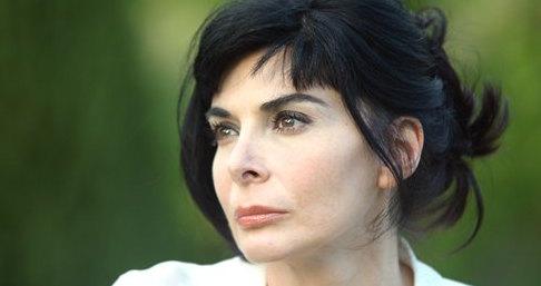 Mariangela D'Abbraccio è Monica Cirillo a Un posto al sole