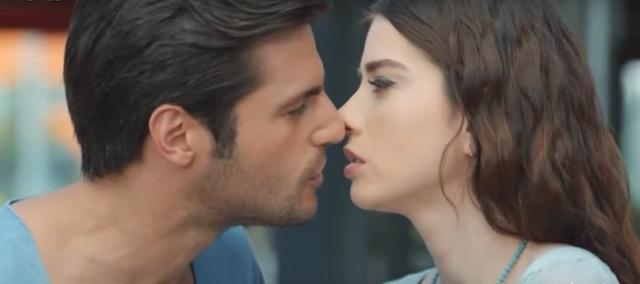 Oyku e Ayaz, bacio a Cherry Season (anticipazioni)