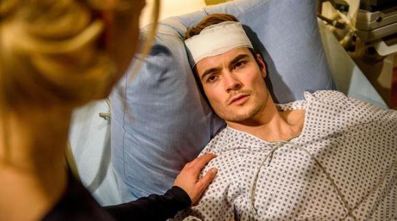 David si sveglia dal coma, Tempesta d'amore © ARD Christof Arnold