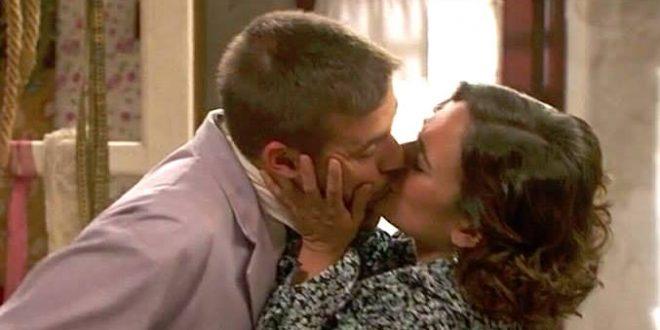 Gracia e Hipolito, bacio (Il segreto)