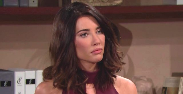 Jacqueline MacInnes Wood interpreta Steffy Forrester in Beautiful
