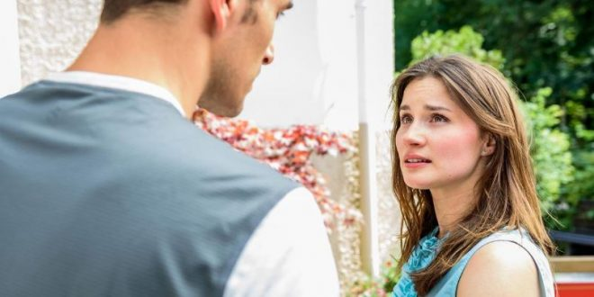 Clara confessa ad Adrian di amarlo, Tempesta d'amore © ARD Marco Meenen
