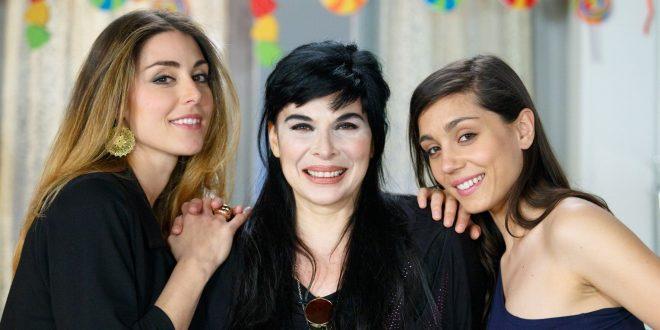 Serena, Monica e Manuela - Un posto al sole (immagine RAI)