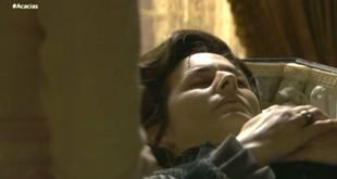 Lourdes è morta - Una vita