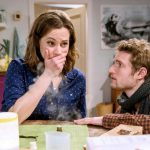 Tempesta d'amore, anticipazioni puntate tedesche: Tina teme per la vita del suo bambino e chiede a Oskar di…