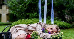 Beatrice sulla tomba di Friedrich, Tempesta d'amore © ARD/Christof Arnold