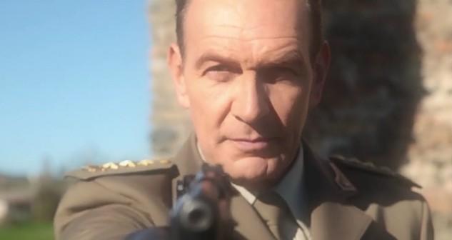 Vittorio (Riccardo Polizzy Carbonelli) - Le tre rose di Eva 4