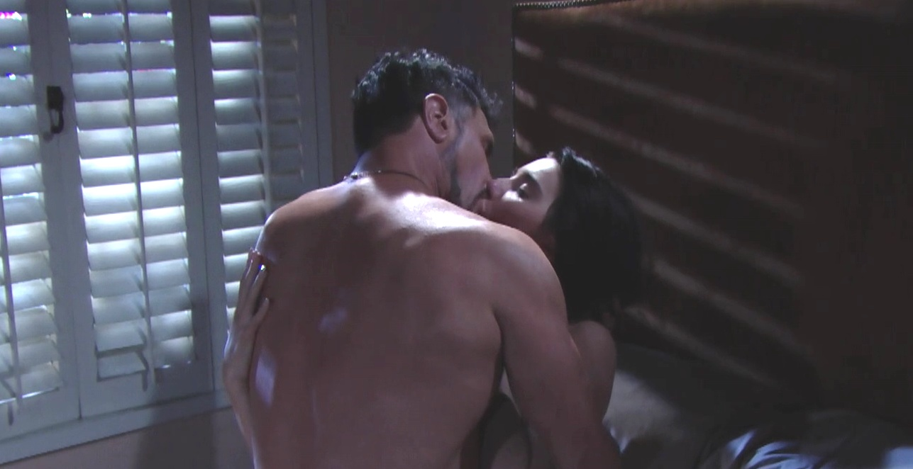 Steffy e Bill fanno l'amore | Beautiful