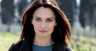 Anna Safroncik (Aurora Taviani)