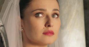 Le tre rose di Eva 4: AURORA si sposa con...