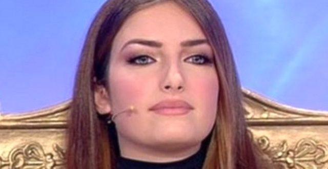 Nicoletta Larini ieri e oggi: la trasformazione della fidanzata di Stefano Bettarini