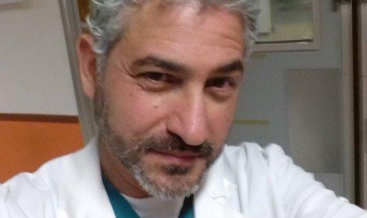 L'attore GIOVANNI CASO / Dottor Sarti a Un posto al sole