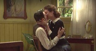 Il bacio tra Nazaria e Prudencio | Il segreto