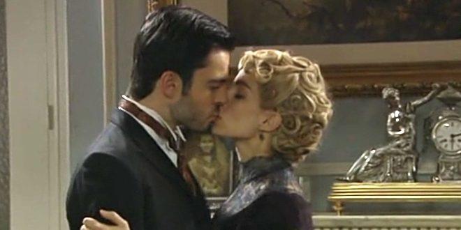 CAYETANA e FERNANDO, il bacio | Una vita