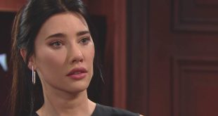 STEFFY di Beautiful (Jacqueline MacInnes Wood)