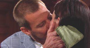THORNE e KATIE, il bacio! / Beautiful
