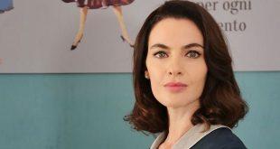 ENRICA PINTORE è Clelia Calligaris ne IL PARADISO DELLE SIGNORE