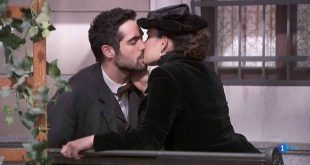 INIGO e LEONOR si baciano / Una vita