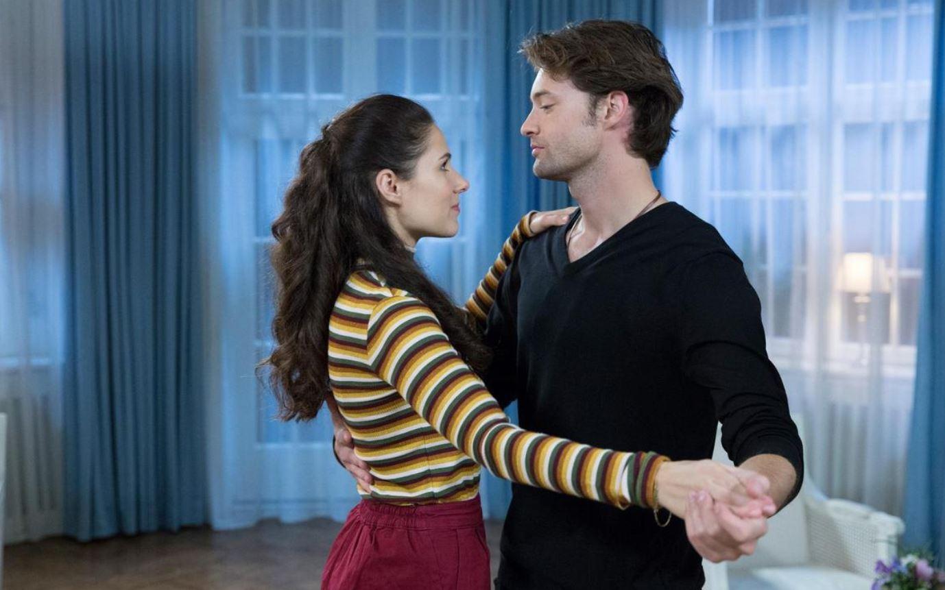 Tempesta d'amore, anticipazioni tedesche: Joshua ossessionato dal bacio di Denise! Ma Annabelle…