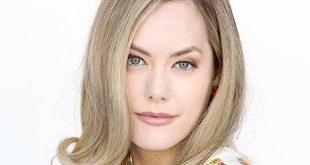 Annika Noelle / Beautiful (foto Howard Wise / JPI Studios)