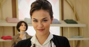 L'attrice GLORIA RADULESCU è Marta Guarnieri a Il paradiso delle signore