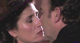 Il bacio tra SILVIA e ARTURO / Una vita
