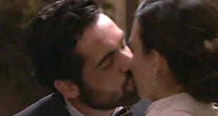 Il bacio tra INIGO e LEONOR / Una vita
