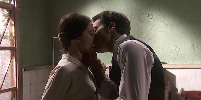 Il bacio tra ALVARO ed ELSA / Il segreto