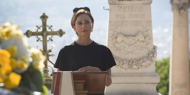 RIVIERA: Lena Olin è Irina Clios / Foto copyright: MEDIASET e PARTHENON ENTERTAINMENT LTD TRADING AS SKY VISION