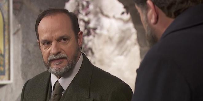 Il Segreto anticipazioni: RAIMUNDO ha forti sospetti su FRAN