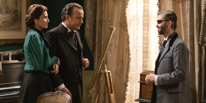 SILVIA, ARTURO e FELIPE di UNA VITA / Copyright foto: MEDIASET e BOOMERANG TV