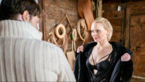 Annabelle cerca di sedurre Joshua, Tempesta d'amore © ARD Christof Arnold
