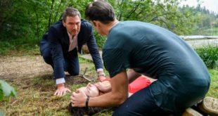 Christoph e Joshua cercano di salvare Denise, Tempesta d'amore © ARD Christof Arnold