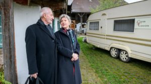 Alfons e Hildegard si trasferiscono in roulotte, Tempesta d'amore © ARD Christof Arnold
