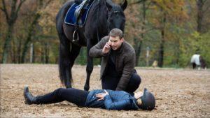 Franzi ha un incidente a cavallo, Tempesta d'amore © ARD Christof Arnold