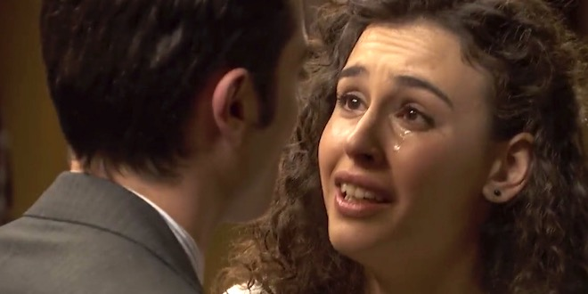 Il Segreto, anticipazioni 2020: LOLA ha ucciso suo padre, ecco perché