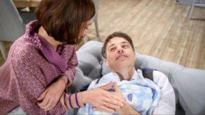 Eva e Robert con il piccolo Emilio, Tempesta d'amore © ARD Christof Arnold