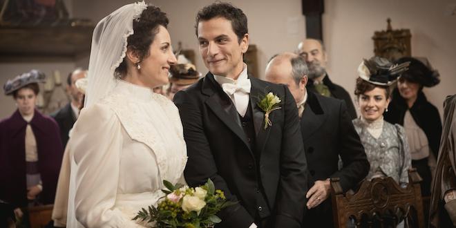 Antonito e Lolita, il matrimonio a Una vita / Foto Mediaset e Boomerang Tv