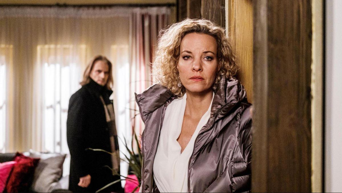 Tempesta d'amore, anticipazioni italiane: Michael chiede perdono e Natascha chiude il loro matrimonio!